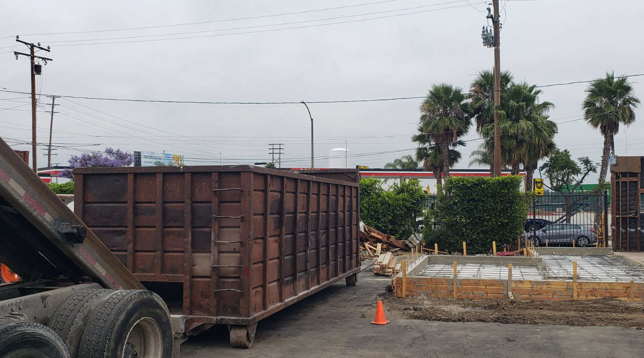 Dumpster rental for construction site in Torrance